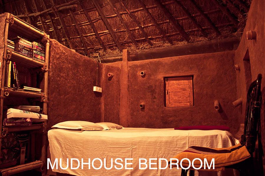 Mudhouse bedroom of Aura Kalari